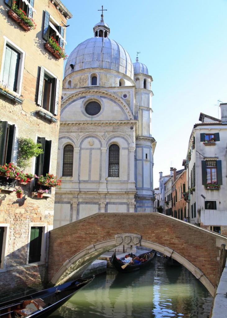 Santa-Maria-dei-Miracoli-Kilisesi-Kolay-Yolculuk