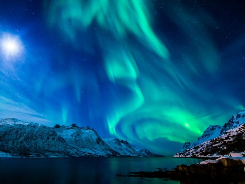 northern_lights_aurora_borealis_uk_2015_100946_800x600
