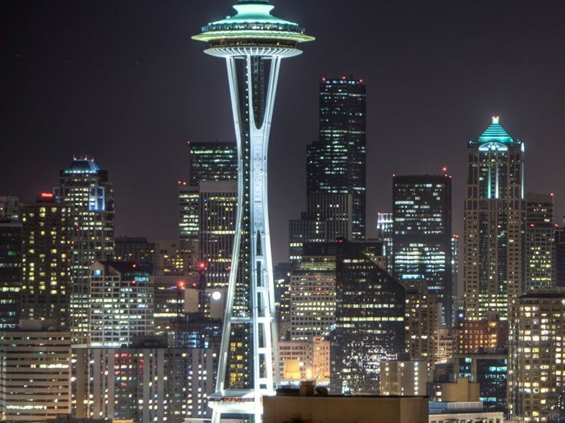 255567_seattle-space-needle-ipad-wallpapers_1024x1024_h