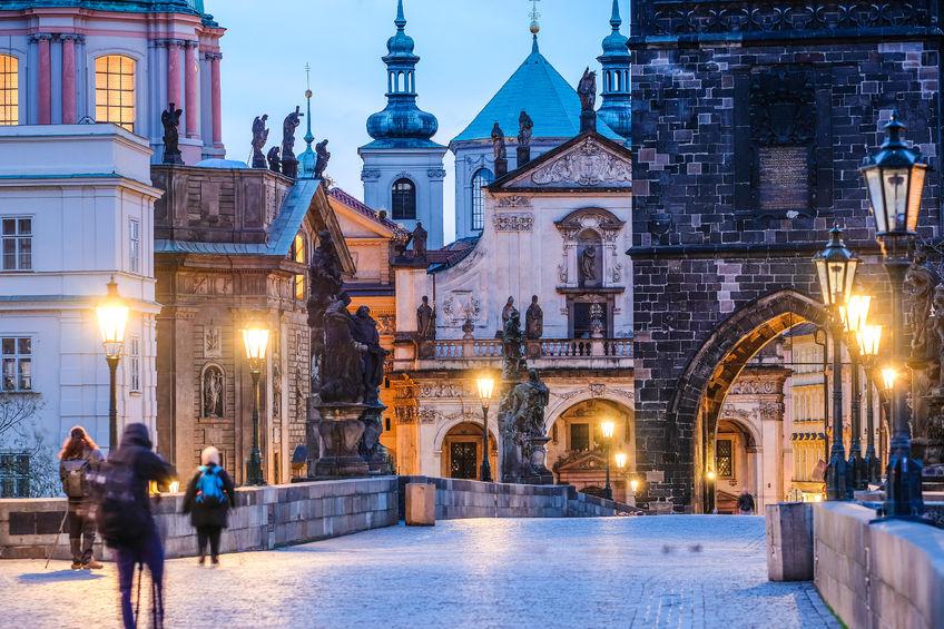 91487957 - prague, czech republic - november, 23, 2017: night view to the charles bridge in the center of prague